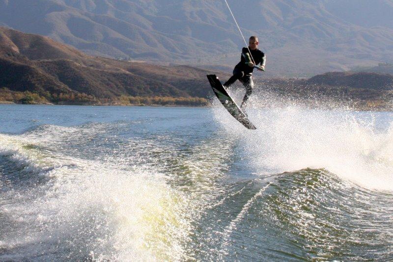 Вейкбординг — лучший спорт на воде