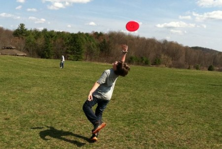 Фрисби Бросай-лови (Throw&Catch)